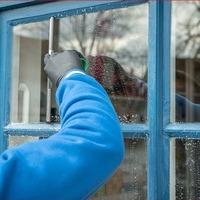 We Clean Windows & Luv It Inc