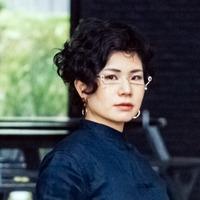 Ayano.W