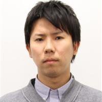 粕川 賢一