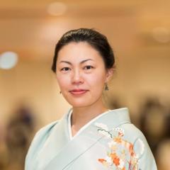 Aya Komuro