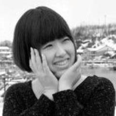 小山 瑶子
