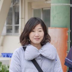 今岡友紀子